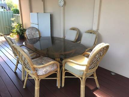 GLASS TOP CANE TABLE And CHAIRS Part 49