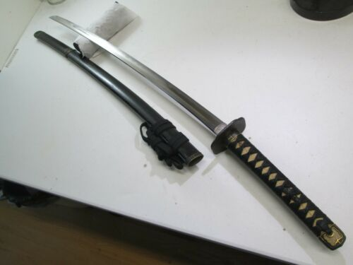 SHIGETAKA SIGNED JAPANESE SAMURAI KATANA SWORD & MATCHING HANDACHI MOUNTS #RB