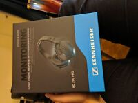 Sennheiser HD200 Pro  headphones (New)
