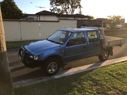 2002 Holden rodeo dual cab,alloy tray