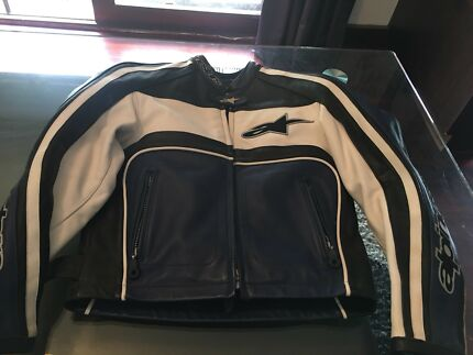 Wanted: Ladies alpine star leather motorcycle jacket