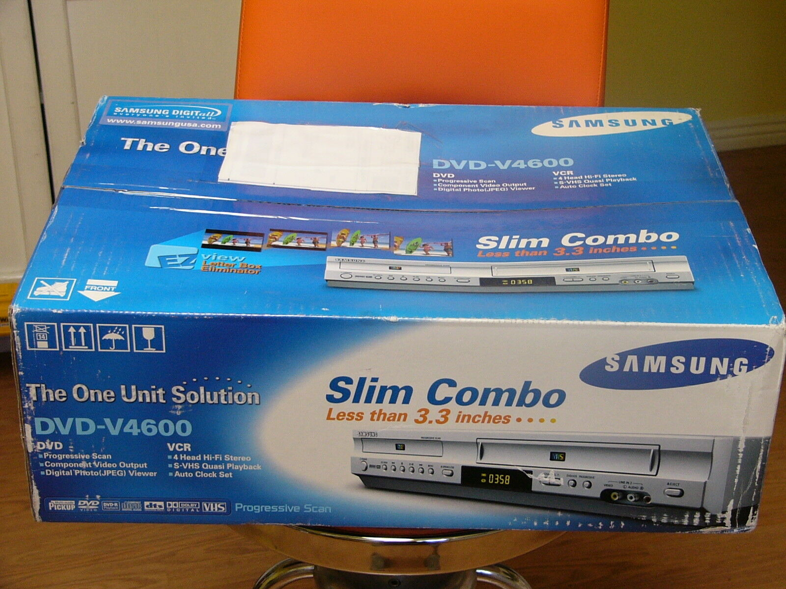 NEW Samsung DVD-V4600 DVD Player VCR Combo 4 Head Hi Fi Ster