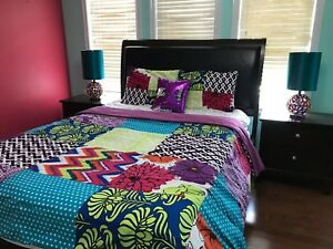 ! QUEEN BED + 2 NIGHT STANDS FOR SALE