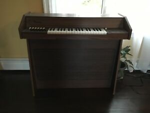 Vintage Bontempi Electric Organ