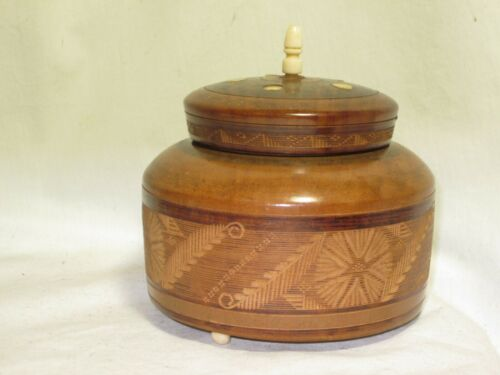vintage round carved wooden container Mexico art carving inlaid  trinket box