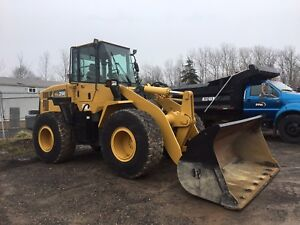 2006 wa250 wheel loader, with plow