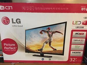 """LG 32"""" LED TV 720P"""