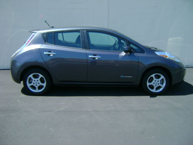 Image 1 of Nissan: Leaf HB SV Gray…