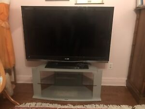 Sharp Aquas 52 inch LCD  TV - great condition