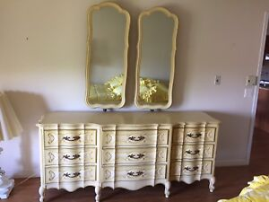Wood 9 drawers dresser with matching mirrors