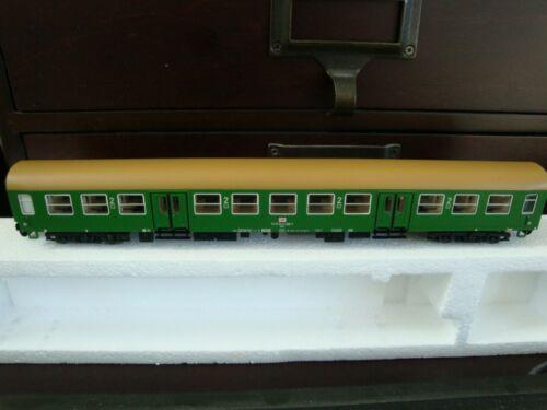 Tillig TT Bahn #13650 Passenger Coach NEW