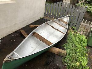 14 foot fiberglass canoe