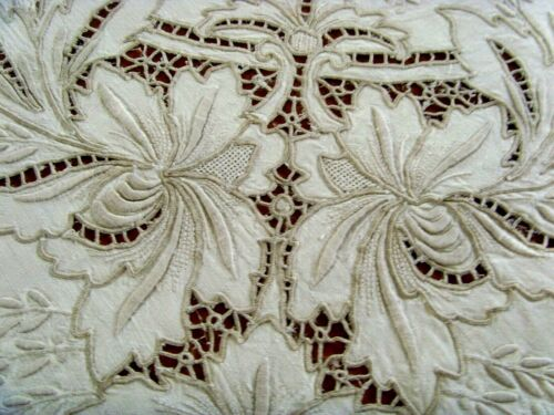 VINTAGE HAND EMBROIDERED LARGE LINEN MADEIRA STYLE TABLECLOTH