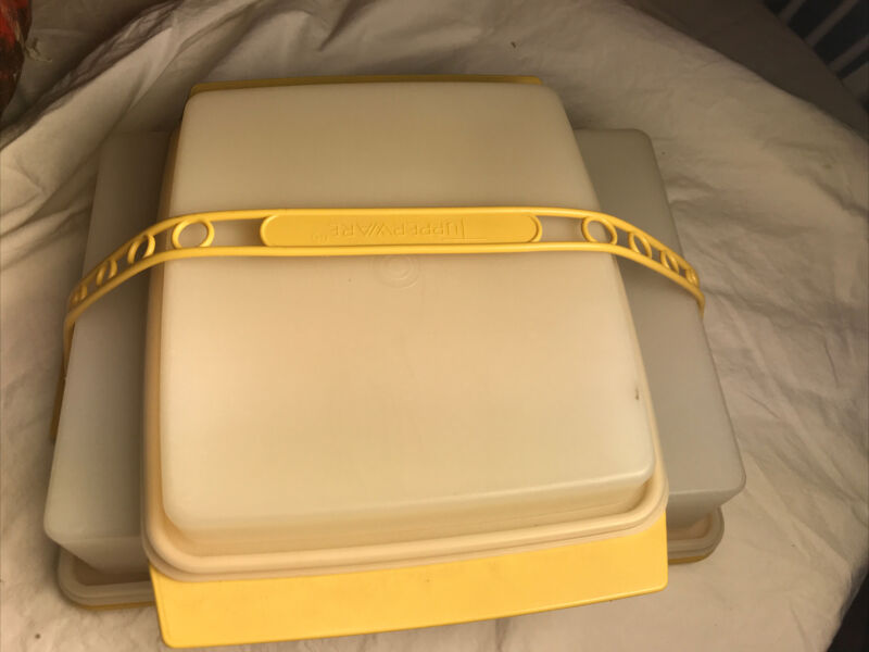 5 Piece Tupperware Lot Harvest Gold Rectangle Cake Holder And Appetizer Tray
