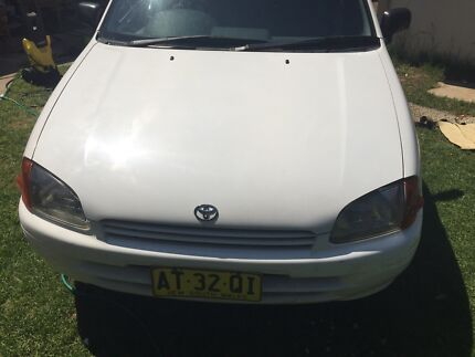 Toyota Starlet 1998 AUTOMATIC 4 Door Lurnea Liverpool Area Preview