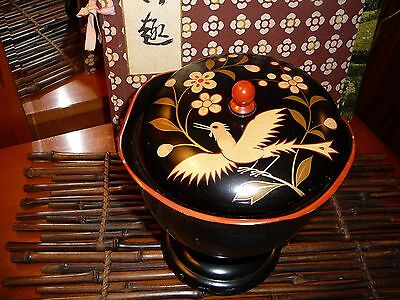 VINTAGE JAPANESE BLACK LACQUER COVERED DISH ~ RED INTERIOR, LID, AND KNOB