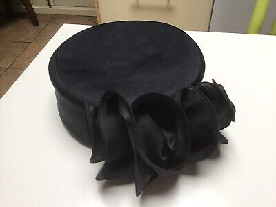 *Vintage C&A* Black Pill Box Style Hat With Ruched Fabric Detail At The Back