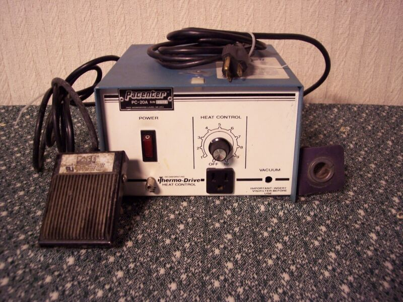 Pacenter PC-20A Desoldering station with foot petal. Guaranteed.