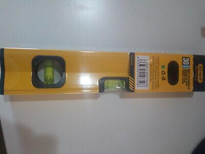 Nivel de medicion 3 burbujas 300 mm color amarillo