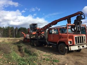 Serco 170 log loader with slasher and delimber