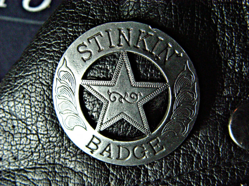 Stinkin' Badge Classic Vintage Motorcycle Biker Pin 1053A
