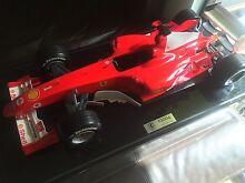 Collectable 1/8 Ferrari F2004 Formula 1 model Carlton Melbourne City Preview