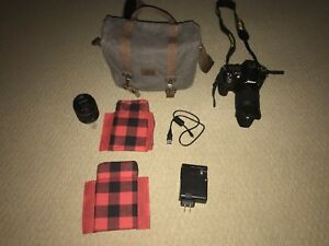 Nikon D7200 (with ROOTS bag, and 2 lenses)