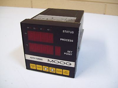 MOOG 6075-T-E2-B AUTO TUNING TEMPERATURE CONTROLLER - USED - FREE SHIPPING!
