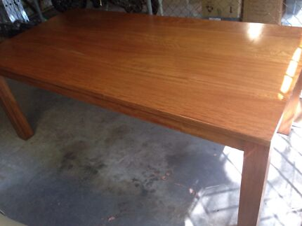 Solid wood table Drummoyne Canada Bay Area Preview