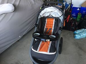 Tangerine Graco Click Connect 35 Travel System