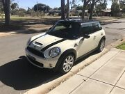 Mini Cooper S Chilli Hatchback 3 Door, 1.6T  Man 6 Speed Warradale Marion Area Preview
