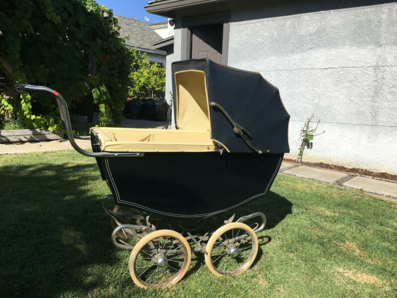 Vintage Baby Carriage/Pram - Bilt-Rite