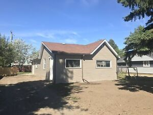 3 BED HOUSE DOWNTOWN FOR RENT