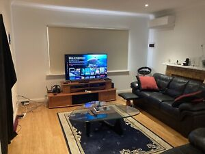 1 room available in Reservoir house. Bills & internet included