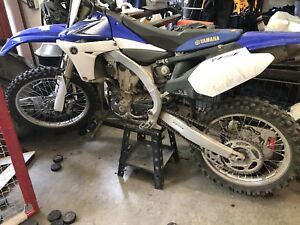 Yamaha 450 - MINT - only 40 hours on it.