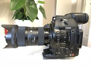 Canon c100 mark2 with sigma 18-35mm 1.8art lens