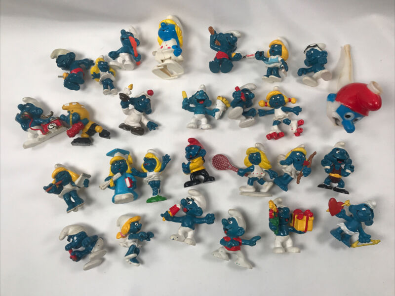 Vintage Smurf Figurines Lot Of 25~ Peyo 1980's And 1990's