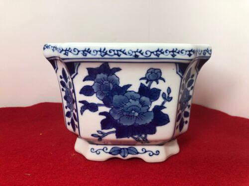 Vintage~BLUE and WHITE~Porcelain~Square~Flower Planter~FLORAL