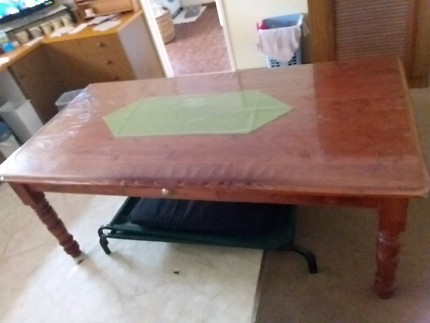 Solid timber large dinning/kitchen table stained/lacquered