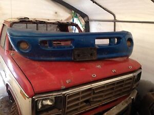 Front bumper with fog lights