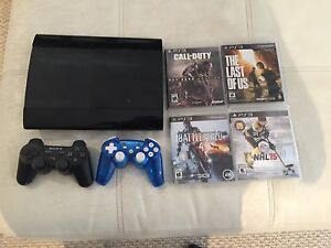 Ps3 two controllers 4 games 300GB