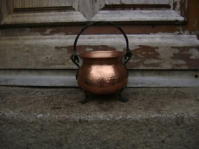 vintage  hanging copper cauldron/pot/pan/planter jardiniere not Villedieu