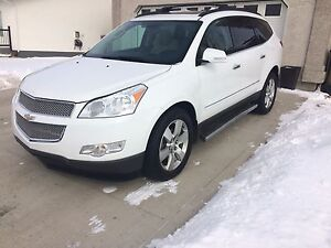 2010 Chevrolet Traverse LTZ AWD **Priced to Sell**