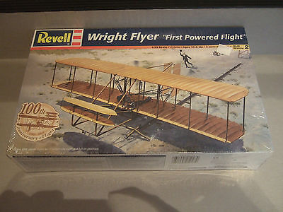 """NEW - REVELL WRIGHT FLYER """"FIRST POWERED FLIGHT"""" - 1:39 SCALE - SEALED BOX"""