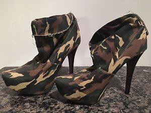Heels size 9 $65 for whole lot