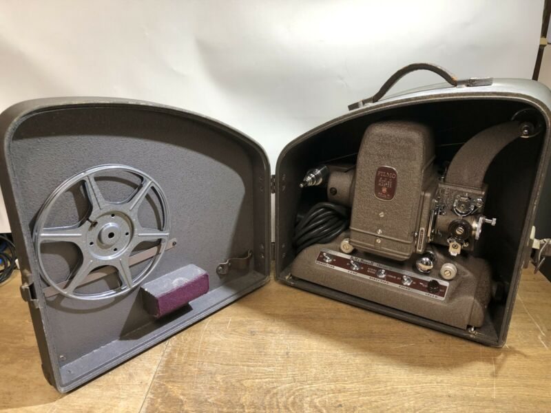 VINTAGE BELL AND HOWELL 8MM MOVIE PROJECTOR FILMO PICTURE MASTER CHICAGO 45 151