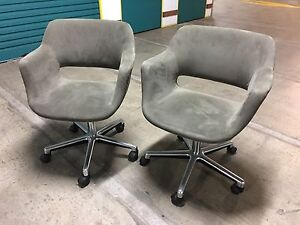 8 x Grey/Olive Coloured Swivel Office Waiting Room Chairs on Wheels. Artarmon Willoughby Area Preview