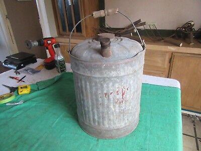 Vintage 5 Gallon Kerosene Oil Gas Can Usable Condition  Lot 18-84-3-c