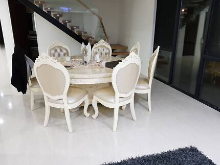 8 seater French Provincial Luxury Dinning Table