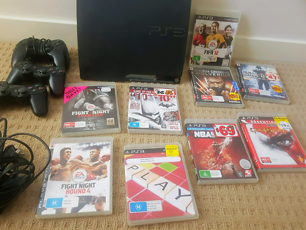 PS3 + 3 controllers + 9 PS3 games
